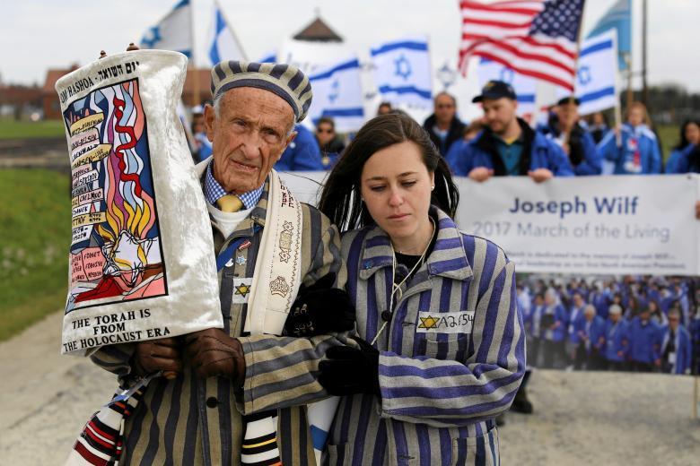 Марш живых в Освенциме