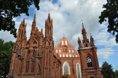 Gotický komplex kostelů Sv. Anny a Sv. Bernadine
