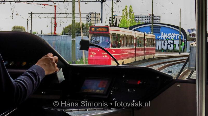 15050806_vanuit_de_tram_htm