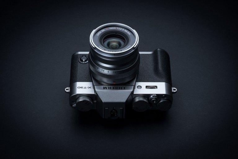 Fujifilm X-T30 brings 26MP sensor, high-tech AF and design improvements