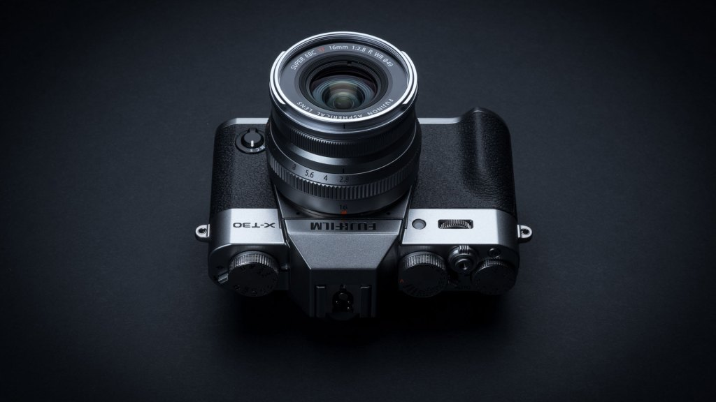 Fujifilm X-T30 brings 26MP sensor, high-tech AF and design improvements