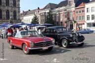 6537 Oldtimers verzameling op de Markt in Oudenaarde