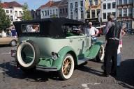6498 Oldtimers verzameling op de Markt in Oudenaarde