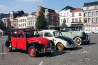 6502 Oldtimers verzameling op de Markt in Oudenaarde