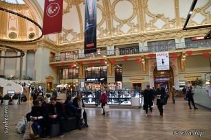 Rondkuieren in de Shopping Stadsfeestzaal