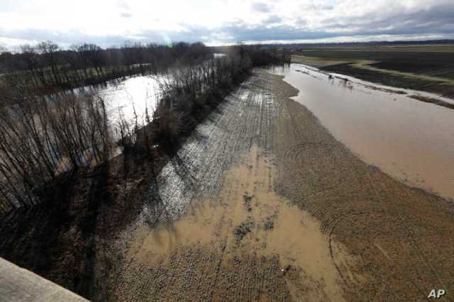 Severe storms that swept across parts of the U.S. South brought death, damage, destruction and contributed to flooding of…