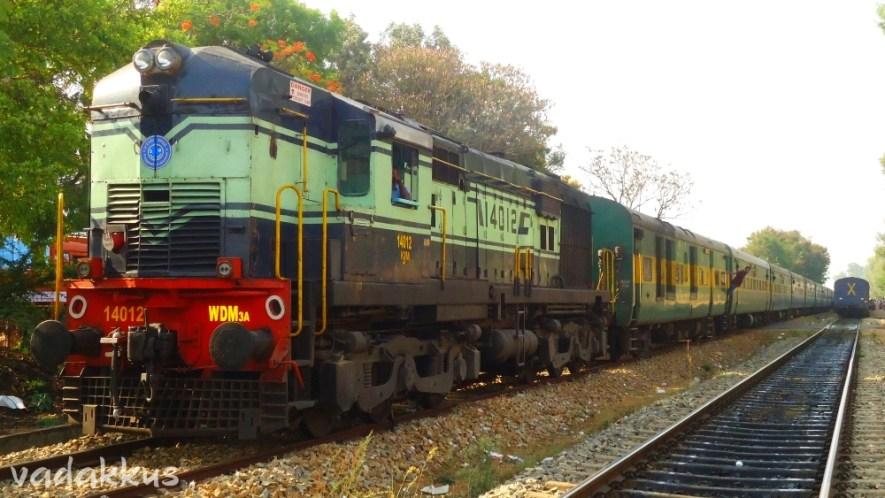 """WDM3A """"Baldie"""" #14012 with KCVL – YPR Garib Rath"""