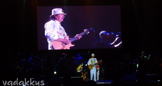 Carlos Santana Performing Live in Bangalore