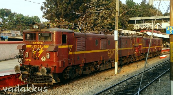 Two of India's Old Electric Warhorses!