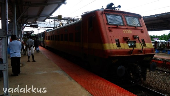 WAP4# 22391 at CGY With the Island Express!