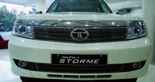 Front view of the new Tata Safari Storme at a showroom