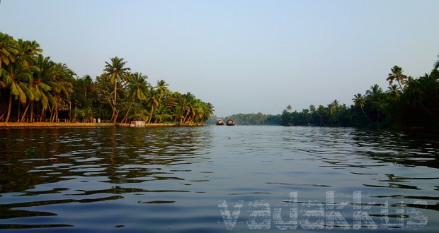 Kuttanad Chennemkari Kerala Backwaters