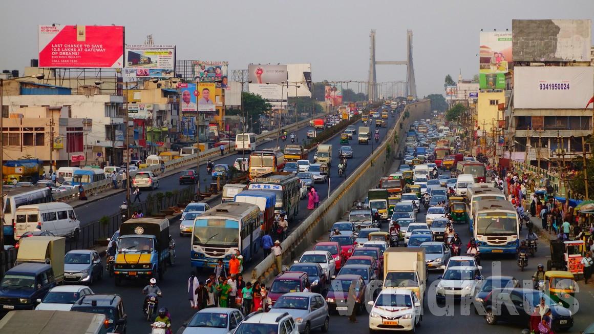 Traffic Jam at Bangalore Tin Factory Junction Bus Stop