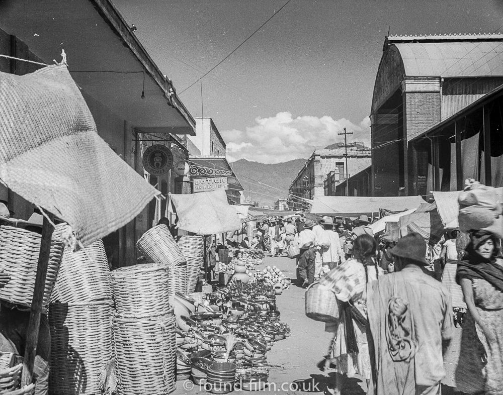 Market scene - Mexico 1930