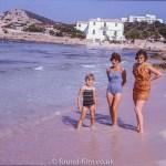 Family seaside portrait – July 1966