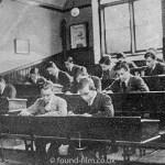School classroom – 1920s