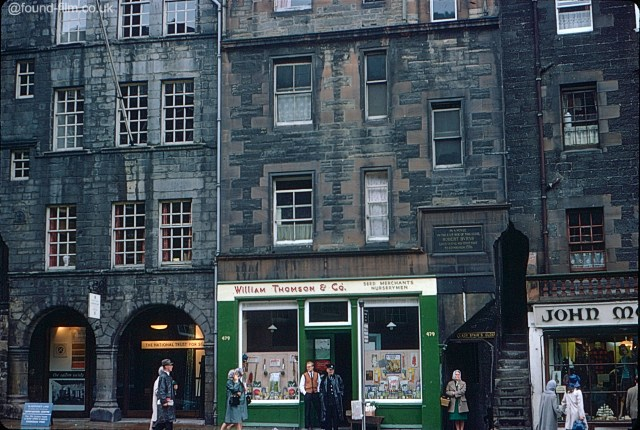 A picture of the house Burns stayed in in Edinburgh Royal Mile