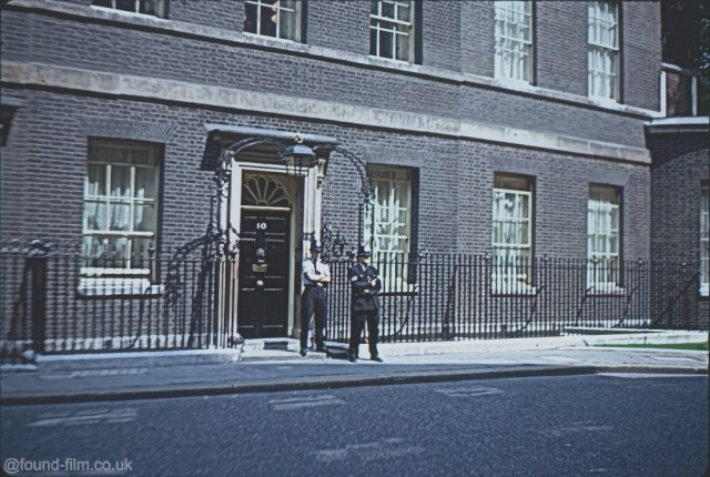 10 Downing Street London with policemen outside