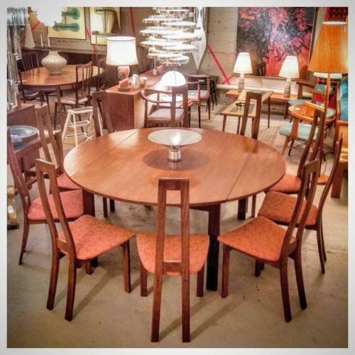 Round Dining Table + 10 Chairs