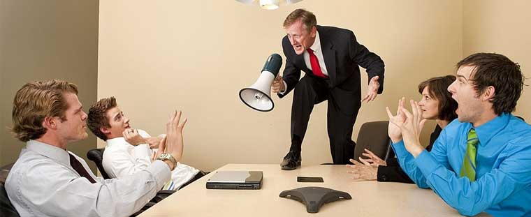 How To Manage Employees In A Small Business Signs of a poor manager office meeting