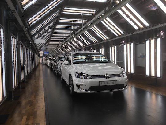 In this picture the first in Dresden manufactured eGolf rolls off the production line. Photo: Stephan Hoenigschmid