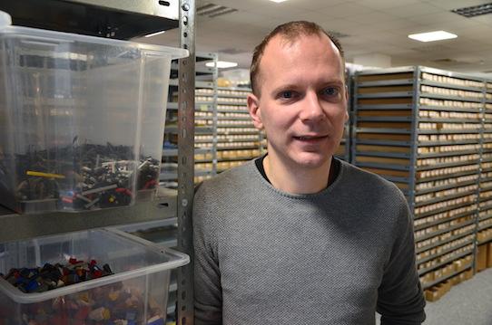 Christoph Blödner in seinen Firmenräumen im Gorbitzer Kess-Center in Dresden. Foto: Stephan Hönigschmid