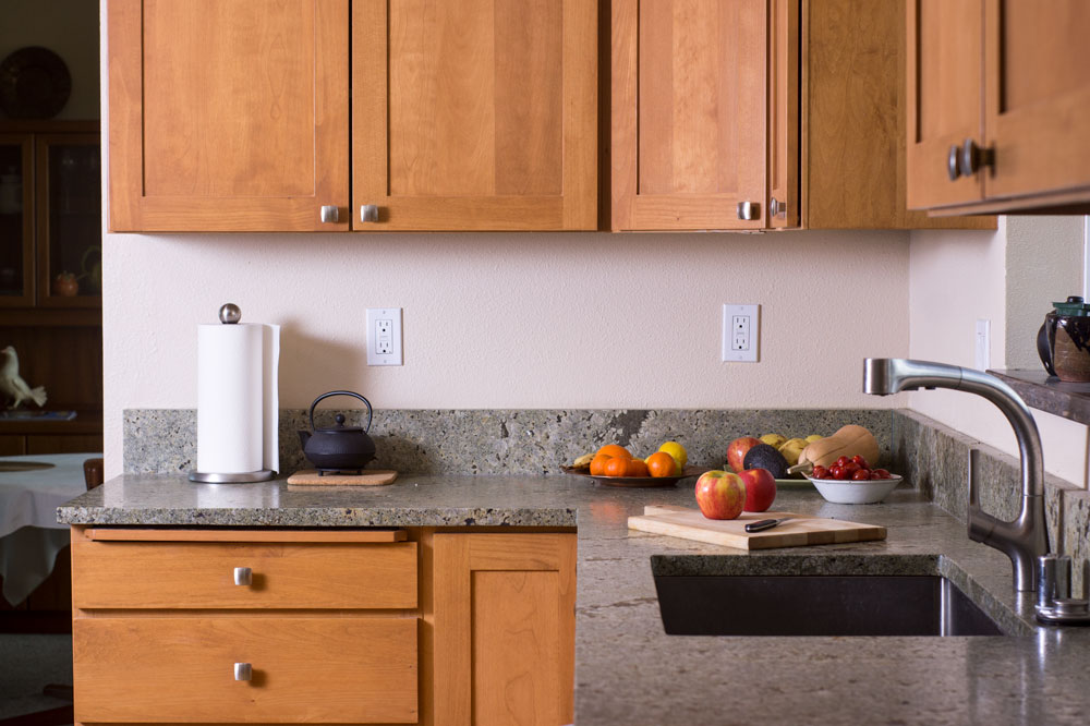 Nutmeg Comfort Kitchen Founder S Choice Cabinetry