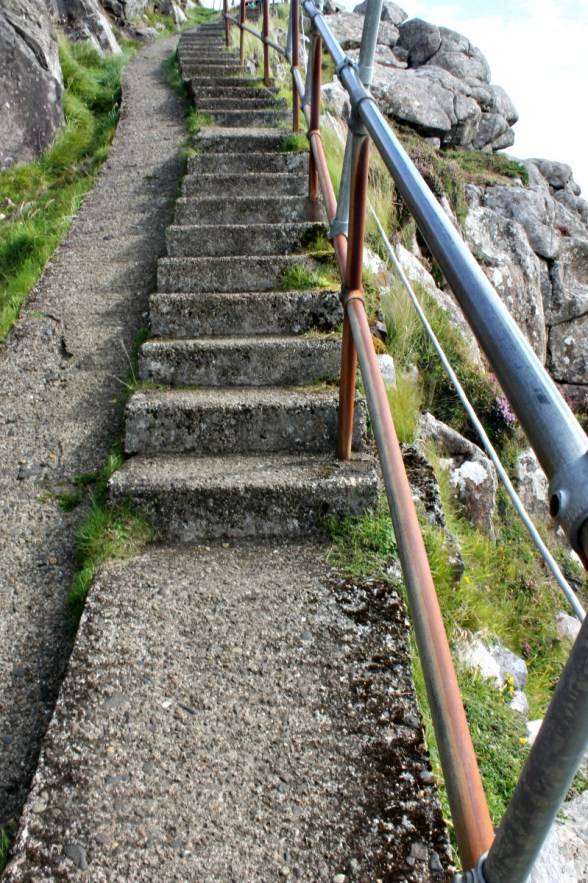 The horrible and tricky steps to the lighthouse.
