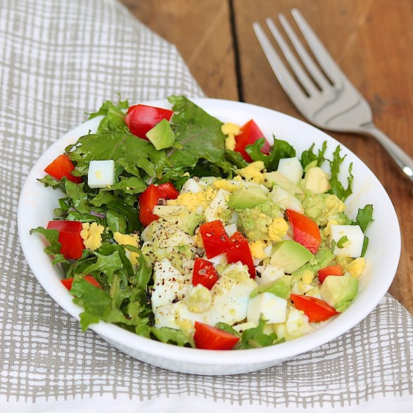Super Easy Egg & Avocado Salad