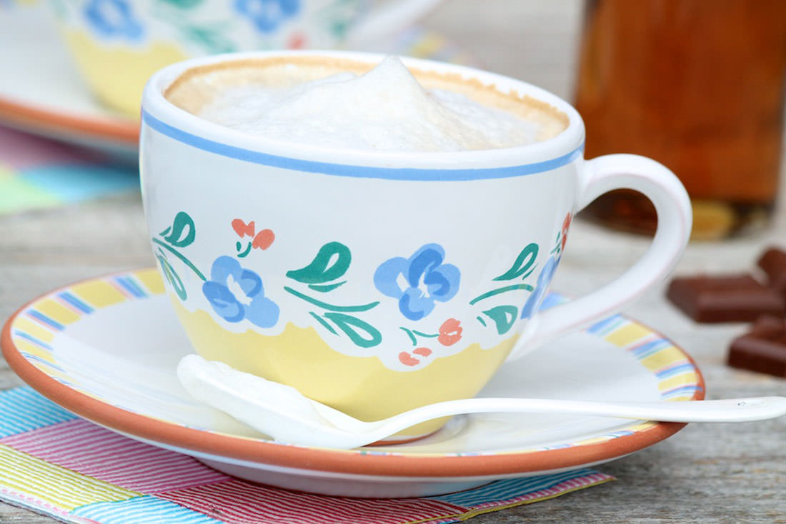 Homemade Lattes (and how to froth milk without a fancy gadget) – The