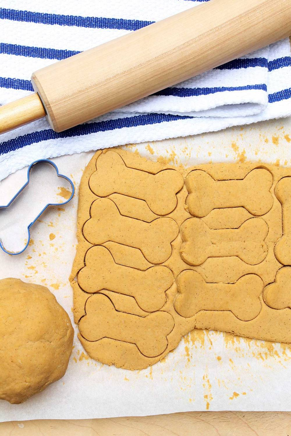 Homemade Dog Treats are easy to make and will delightyour furry friends--withingredients you approve of!