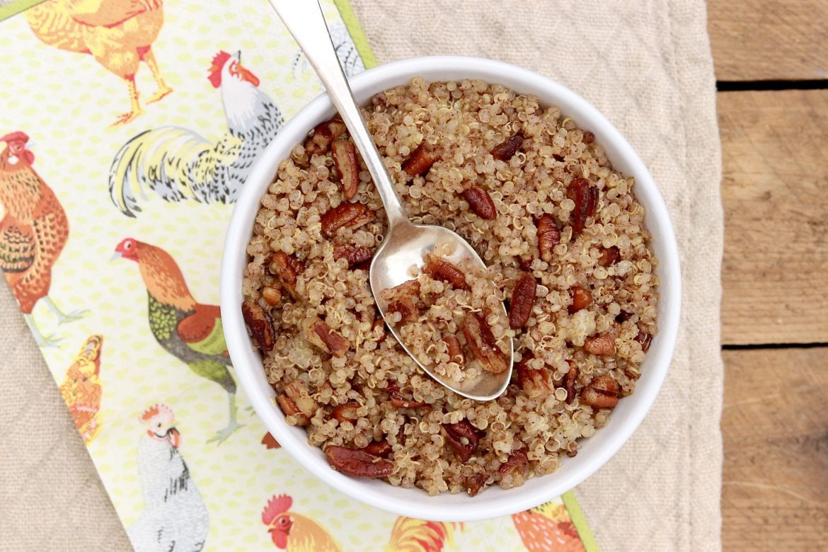Cinnamon Toast Breakfast Quinoa ~ A favorite childhood breakfast cereal is all grown up and offers ahealthy anddeliciousway to start the day!
