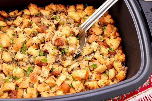 SLOW COOKER STUFFING (with oven method) -Tender stuffing with crispy edges is 100% possible in a slow cooker, freeing up precious oven space. Classic flavor will win you over, optional add-ins and prep-ahead tips will keep everyone happy!