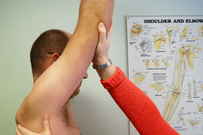 physiotherapist neck pain thoracic spine headaches