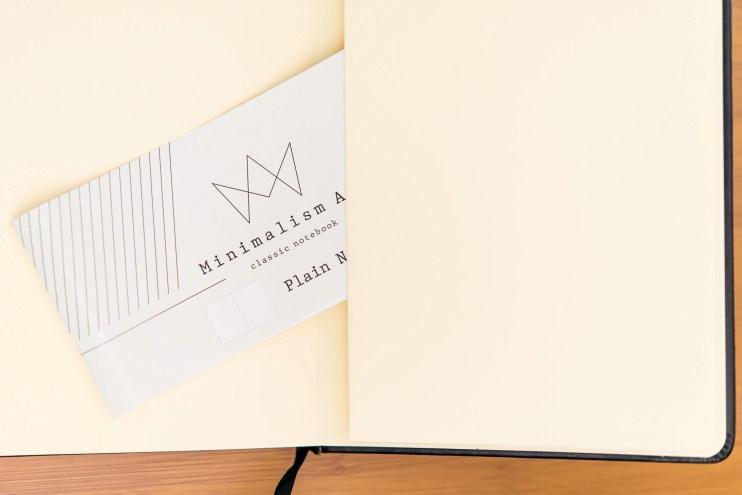 Minimalism Art Notebook Review rear pocket