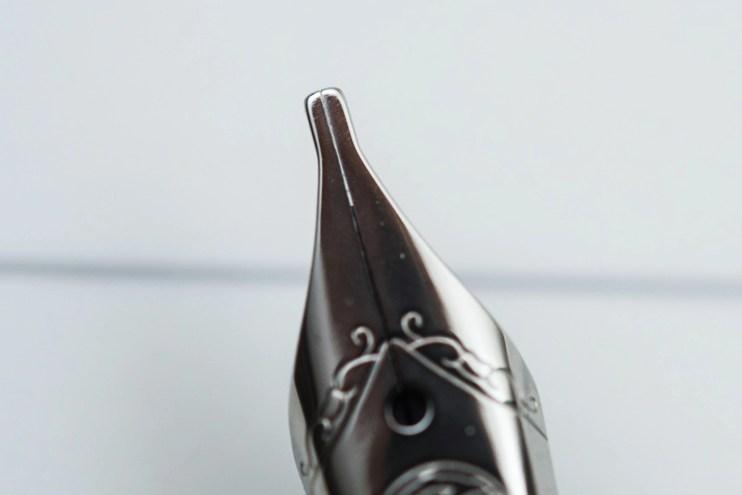choosing a fountain pen nib for beginners stub