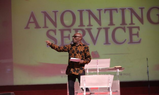 """All Things Are Possible with God"", Pastor Taiwo Tells Worshipers"