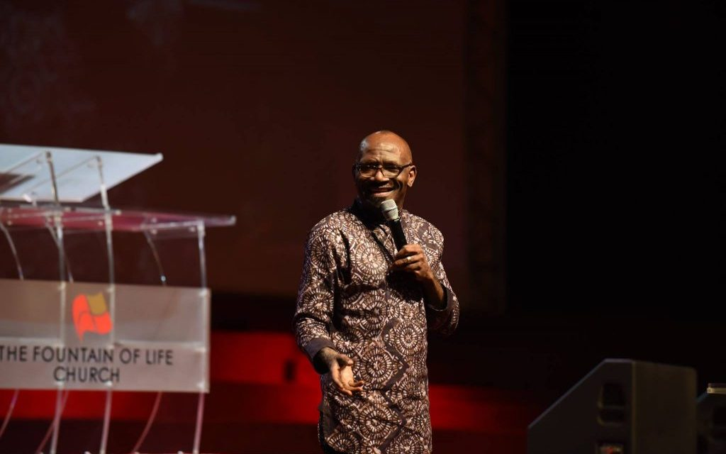 Pastor Taiwo Preaches on 'Restoration Time' at Thursday Showers