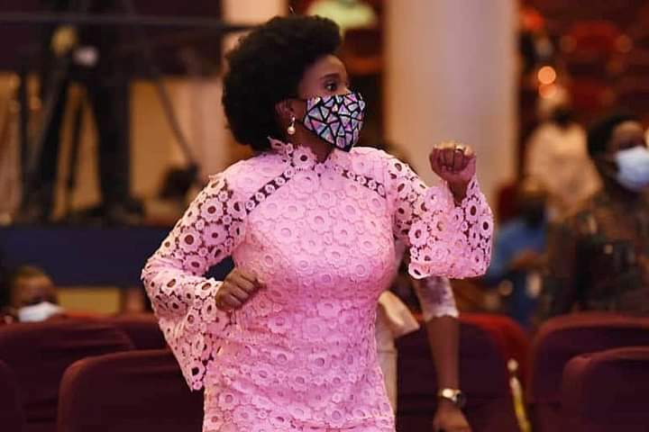 Don't Give Up On God – Pastor Nomthi Odukoya Tells Fountaineers