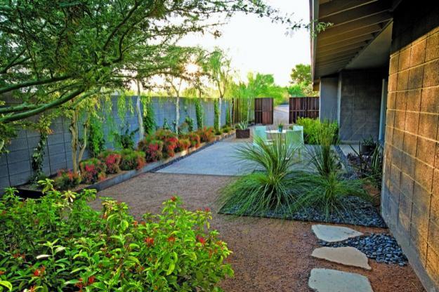 Garden Landscape Ideas from a Mountain House in Arizona ... on Mountain Backyard Ideas id=75118