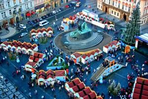 Рождественская ярмарка в Праге на Староместской площади