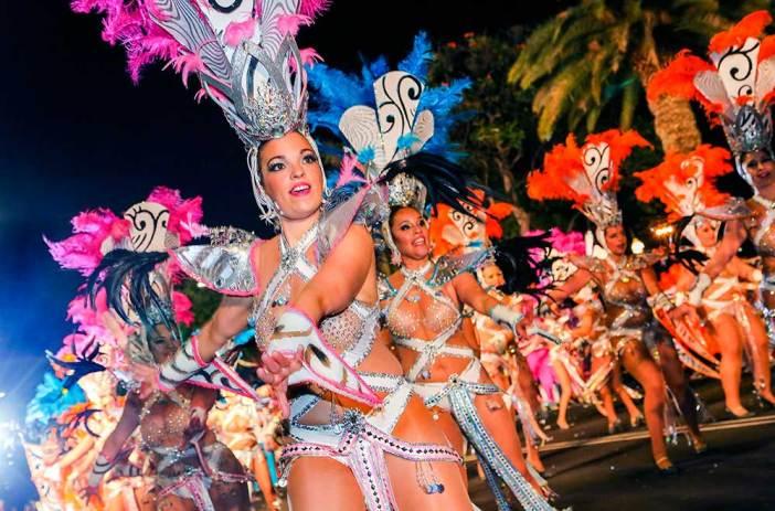 Отдых в Испании в феврале: карнавал на Тенерифе