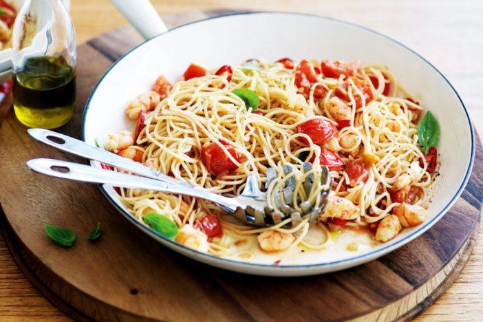 Паста с креветками и гребешками — рецепт приготовления, фото