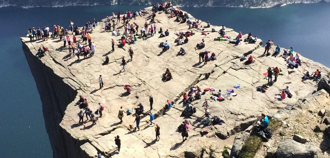 Прекестулен, Норвегия: когда ехать, где жить, подъем на скалу