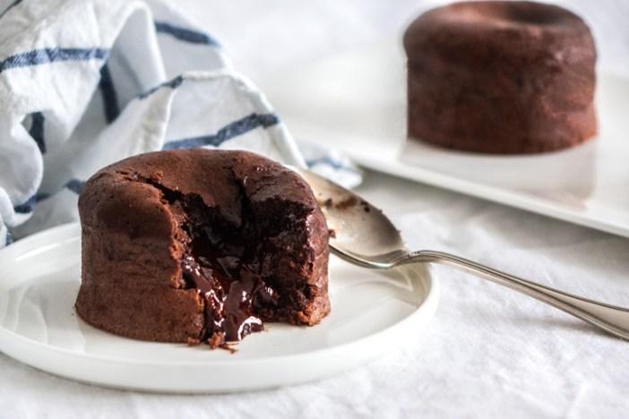 Шоколадный фондан по-французски (рецепт, ингредиенты)