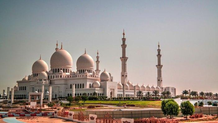 Куда съездить из Дубая? В Абу-Даби!
