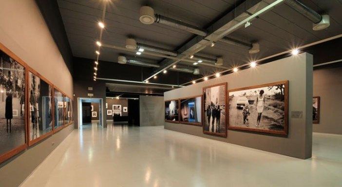 Музей фотографии «FOMU» (Антверпен, Бельгия)