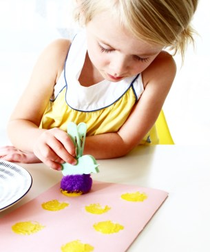 Easter Card Craft Activity for Kids