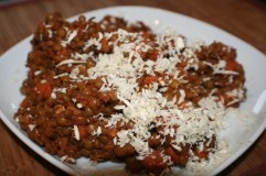 Lentils with tomato paste, cinnamon and horseradish