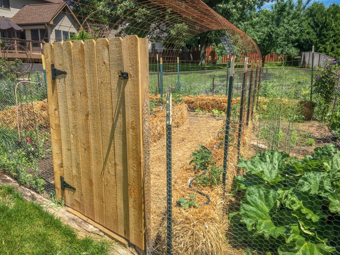 DIY Cedar Garden Gate
